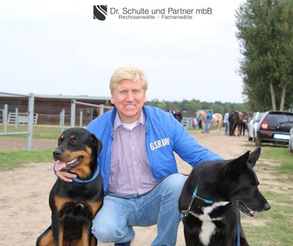 Dr. Thomas Schulte mit seinen Hunden
